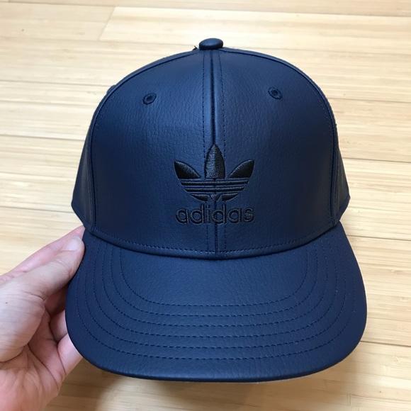 3bdc00f949e03c adidas Accessories   Nwt Mens Navy Leather Trefoil Snapback Hat Cap ...